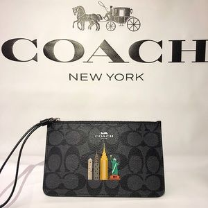 Coach NYC Small Wristlet Signature